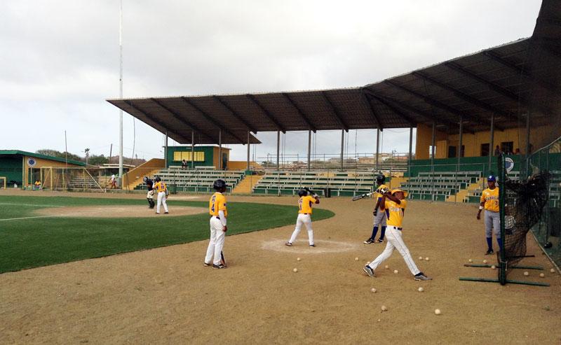 Curacao baseball team hitting practice